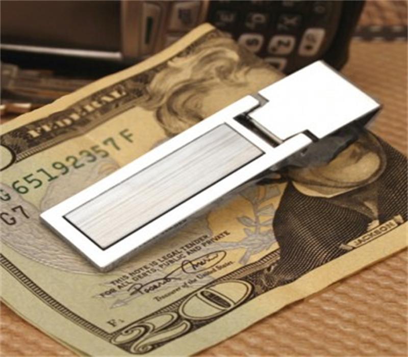 """img src=""""money clip.jpg"""" alt=""""money_clip_cl_carbonlife"""